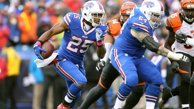 Bills running back LeSean McCoy ran for 90 yards and a touchdown but Buffalo lost to the Bengals 34-21.