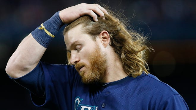 Seattle Mariners right fielder Ben Gamel reacts to a play against the Toronto Blue Jays in the seventh inning at Rogers Centre.