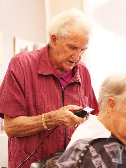 Glenns Barbershop 3.JPG