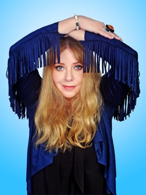 Musician Bebe Buell will be the guest speaker at the Newcomers and Community Club of Sumner County's first meeting of 2017.