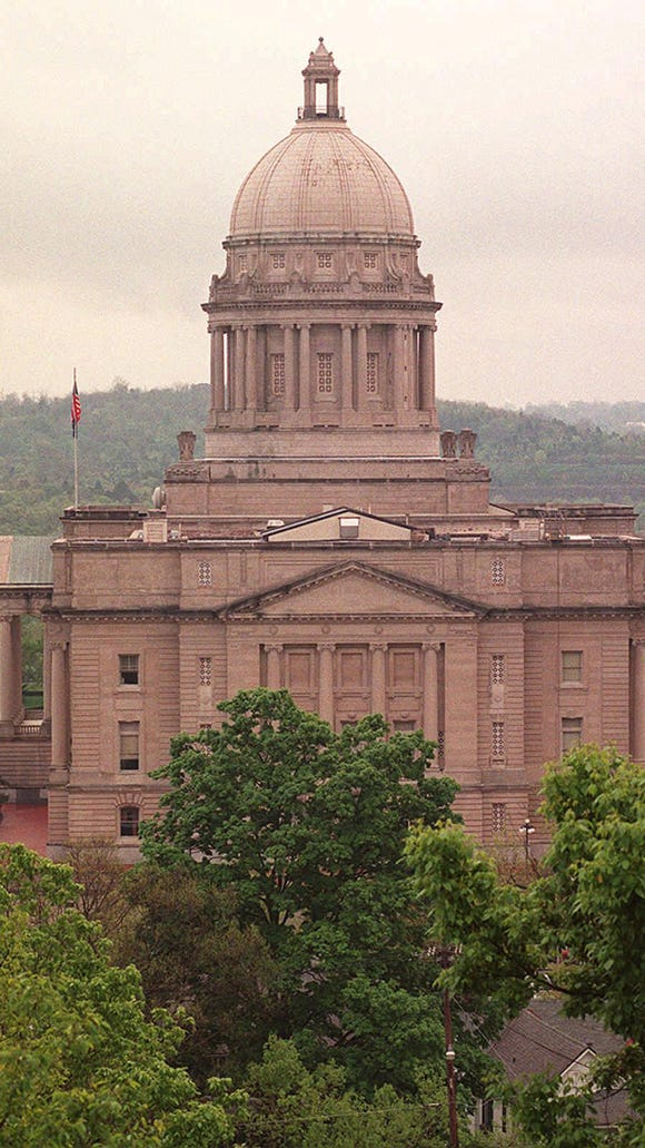 -    -News Capitol Luster 5/14/97- The Kentucky State Capitol in Frankfort. PLEASE ARCHIVE.