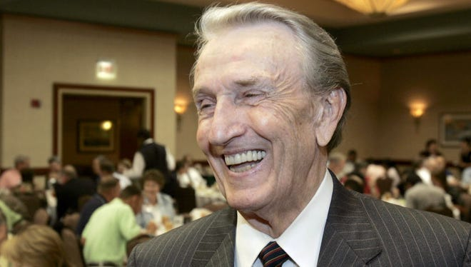 """Former U.S. Sen. Dale Bumpers, D-Ark., laughs after an interview in Little Rock, Ark., in 2006. Bumpers, a former Arkansas governor and U.S. senator who earned the nickname """"giant killer"""" for taking down incumbents, and who later gave a passionate speech defending Bill Clinton during the president's impeachment trial, died Friday, Jan. 1, 2016, in Little Rock, Ark. He was 90."""