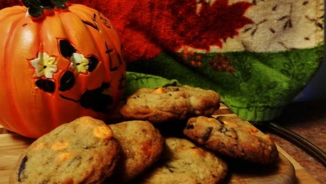 The Happy Baker's Halloween chip cookies are a tasty homemade sweet treat for Halloween.