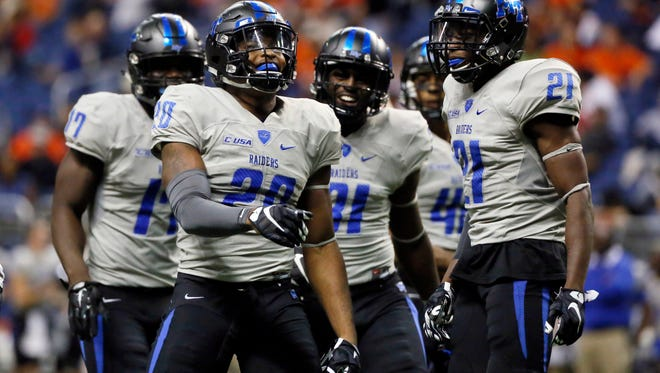 Middle Tennessee won't have Kevin Byard (20), who is now in the NFL, on defense, but the Blue Raiders are the favorite to play for the Conference USA title in 2016.