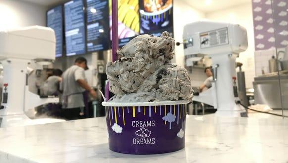 Here's a cookies & cream cup of liquid nitrogen ice