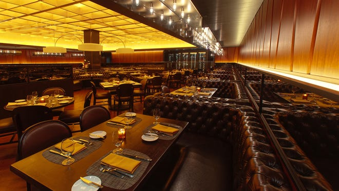 The dining room at Robert's Steakhouse.