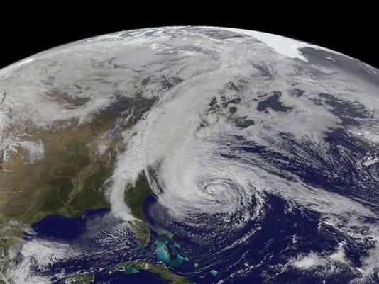 635682362546933228-Sandy-Satellite-Image