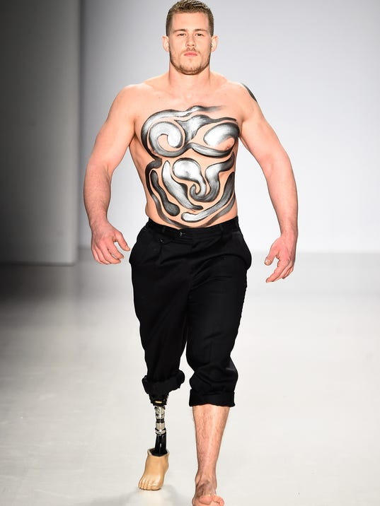 first amputee male model walks in ny fashion week