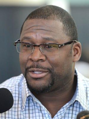 Edgar Bennett will no longer serve as Green Bay Packers offensive coordinator.
