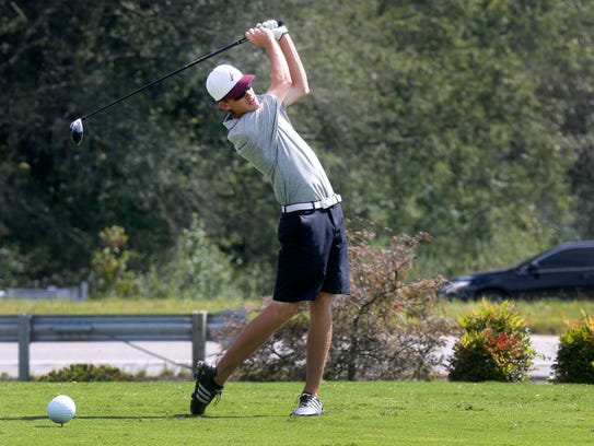 AlcoaÕs Gabriel Hunter tees off during the final round