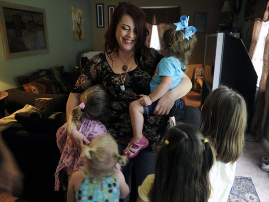 Shannon Casteel is a recovered opiates addict who went through Renewal House treatment. She has three daughters of her own plus three step daughters.