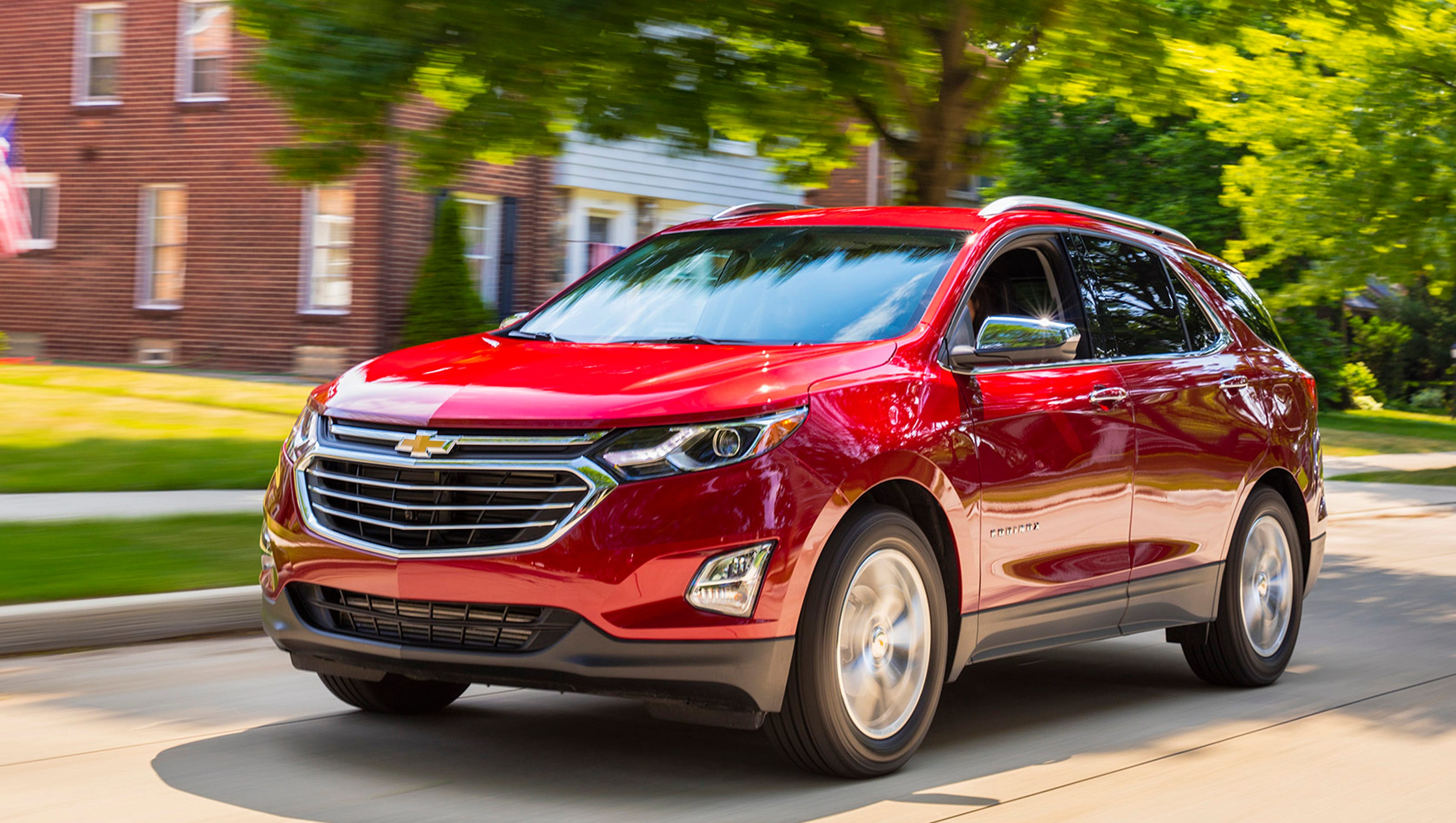 Edmunds How The Mazda Cx 5 And Chevy Equinox Compare