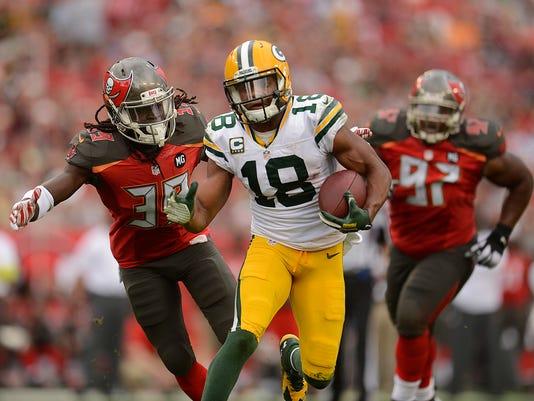 ES_GPG_Packers vs. Buccaneers_12.21.14