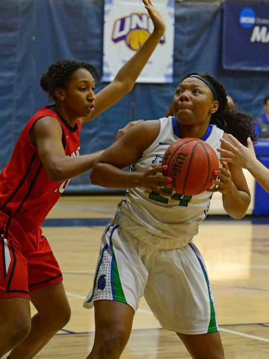 UWF Hoops vs Union 6