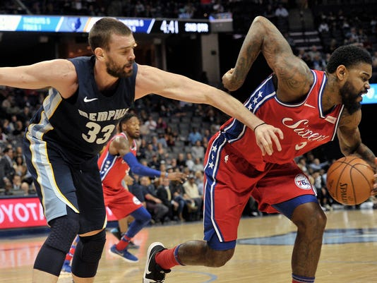 Amir Johnson, Marc Gasol