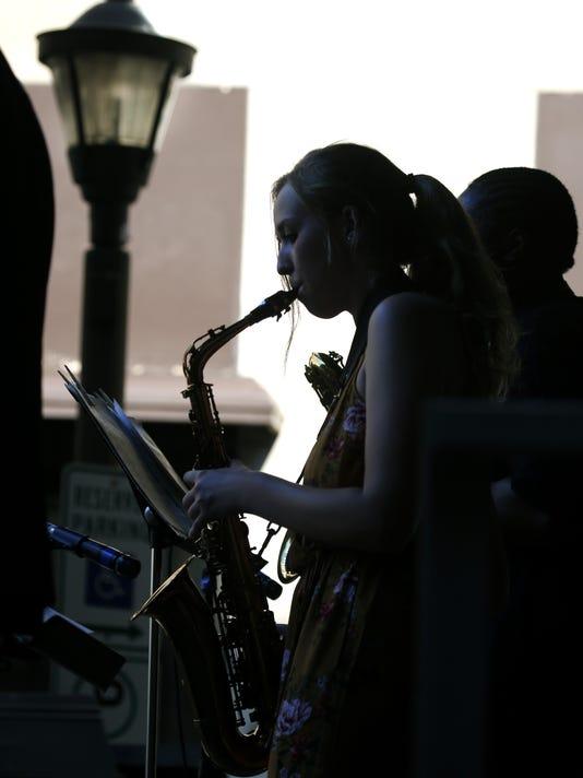 636659931073272735-Jazz-Fest-day9-03.jpg