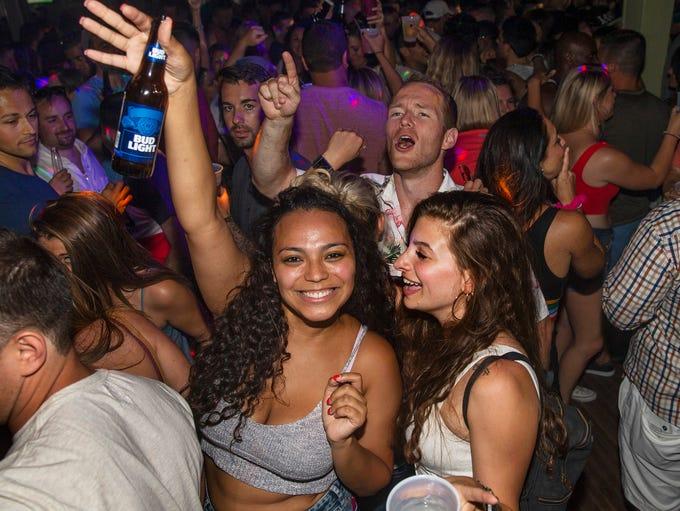 "D""Jais Bar and Nightclub in Belmar gets lively on Saturday"
