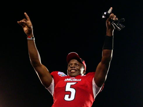 Louisvilel quarterback Teddy Bridgewater completed 35 of 45 passes for 447 yards and three touchdowns.