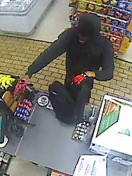 636529819494176257-ROBBER1.png