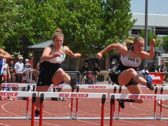 Jesse Midkiff and Andi Harrelson finished the100 meter hurdles with Midkiff in fifth place and Harrelson taking eighth place. Midkiff also boasts a second place finish in the 300 m hurdles.