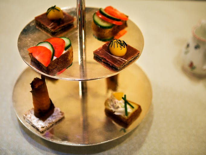 November 26, 2016 - Try an afternoon tea in high style
