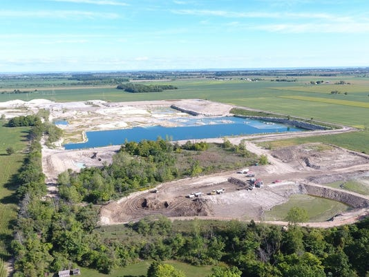 Benton Township residents want permit denied for quarry dumping