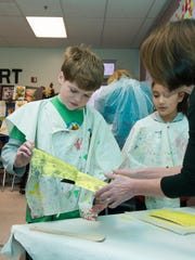 Red Mountain Elementary students make their own prints