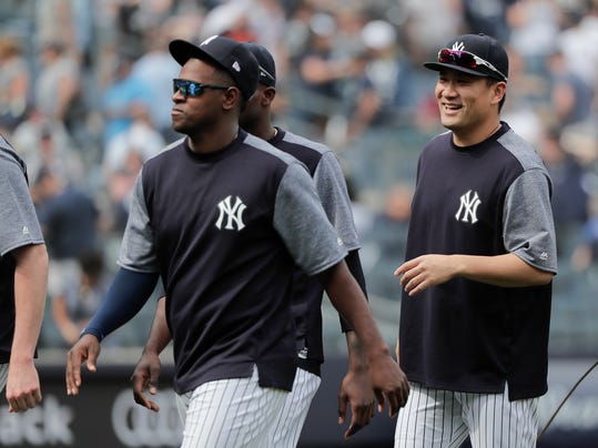 Indians_Yankees_Baseball_41956.jpg