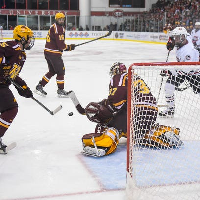 Men's hockey: Another deficit, another SCSU win, 3-2