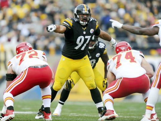 The Pittsburgh Steelers signed defensive end Cameron Heyward to a new six-year contract on Thursday that will keep him with the team through 2020.