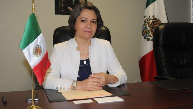 La nueva Cónsul General de México en Phoenix, Claudia Franco Hijuelos.