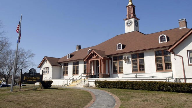 Plainfield Town Hall now is scheduled to open in mid-July.