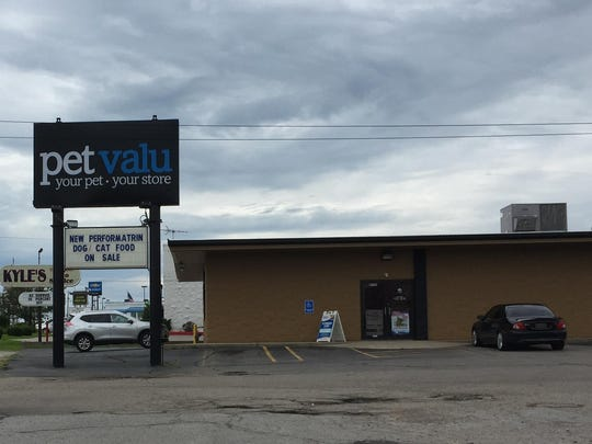 The former Jack's Aquarium and Pets, in Richmond since 2005, has become Pet Valu.