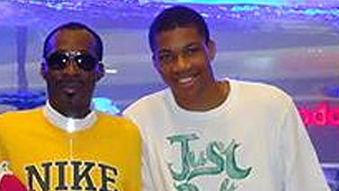 Giannis Antetokounmpo lost his father Charles (left) last week.