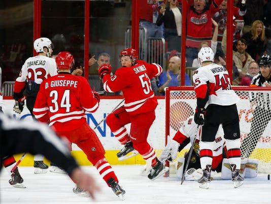 USP NHL: OTTAWA SENATORS AT CAROLINA HURRICANES S HKN