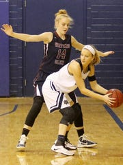 Amanda Pike defends a Notre Dame player during the