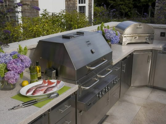 -LIFE_HOME-OUTDOOR-KITCHEN_1_MCT.jpg_20100714.jpg