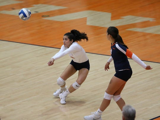 UTEP's Dania Orozco in action at UTEP Memorial Gym.