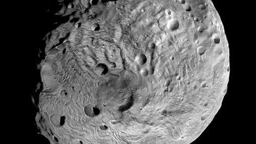 After spending a year examining Vesta, Dawn was poised to depart and head to another asteroid Ceres, where it will arrive in 2015.