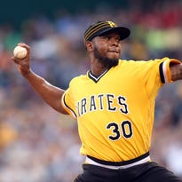 Reds have inquired about free agent reliever Netfali Feliz