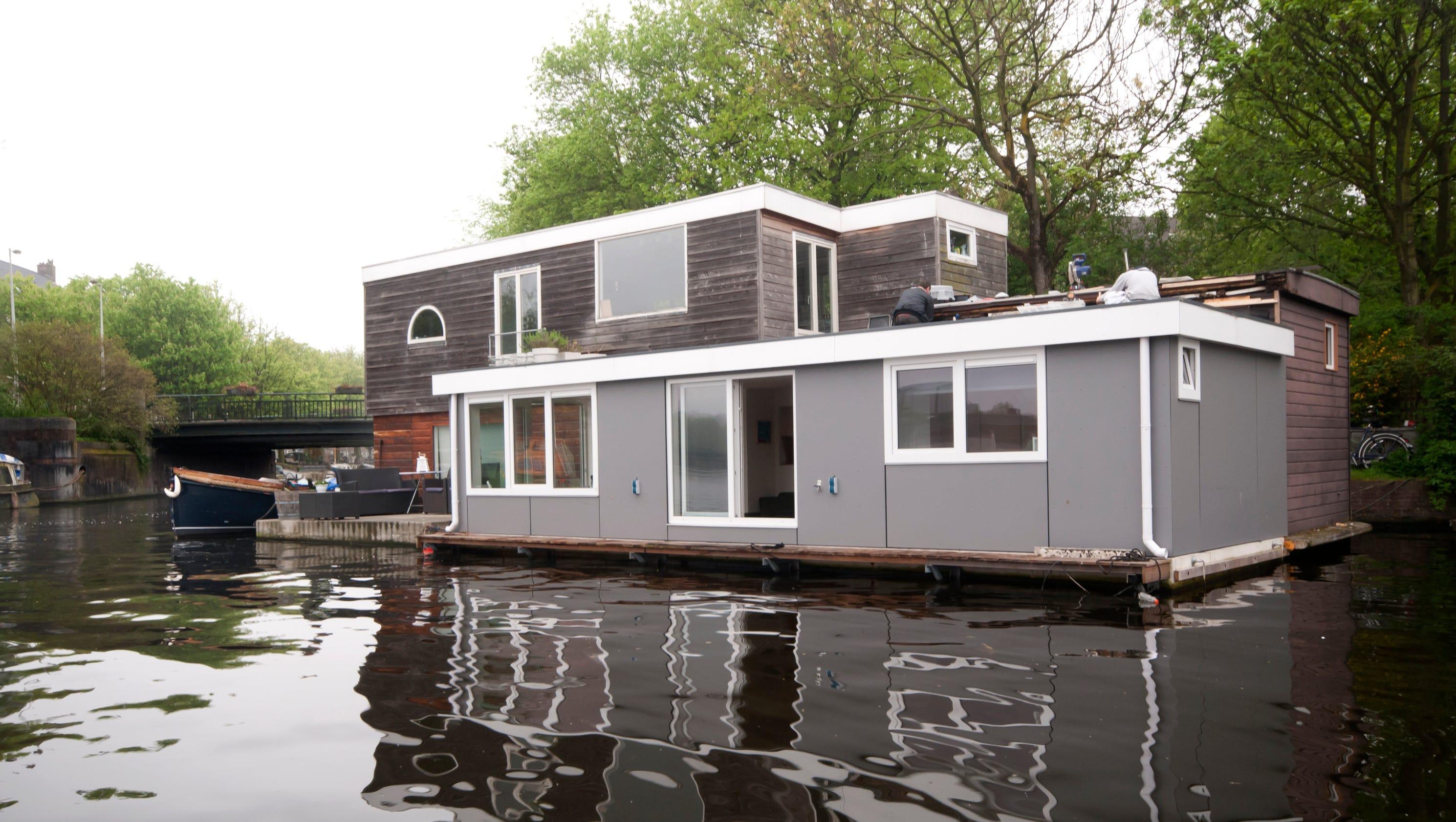85375174 on Amsterdam Houseboat Rental