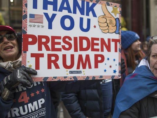 636242496647959485-636242354428739613-AP-March-4-Trump-New-York.jpg