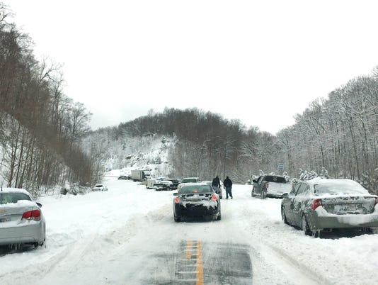 636512718388106729-Snow-driving-Louisville-by-matt-Stone.jpg