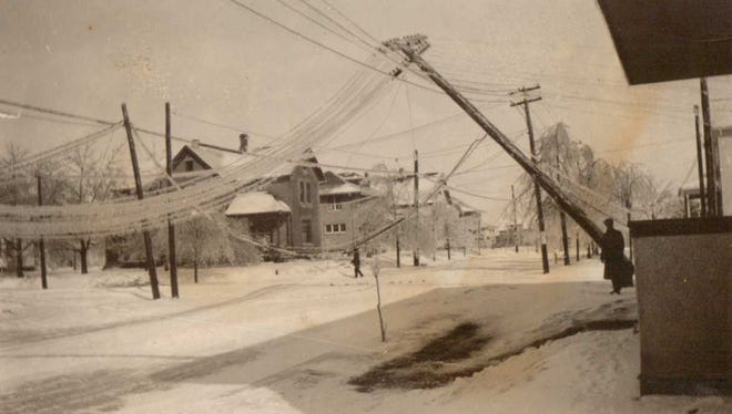 Power lines were down along an unidentified Manitowoc street following the Feb. 22, 1922, ice storm.