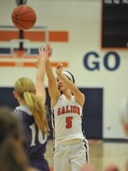 Julia Clouse shoots from beyond the arc against Mt.