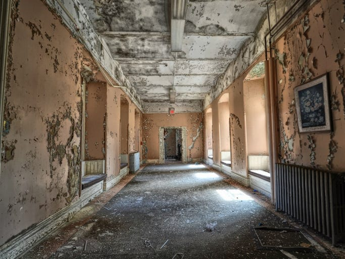 "The exterior of the former Greystone Park Psychiatric Hospital in Morristown, N.J., was used to shoot scenes in the hit TV series ""House."" The interior is in a state of disrepair."