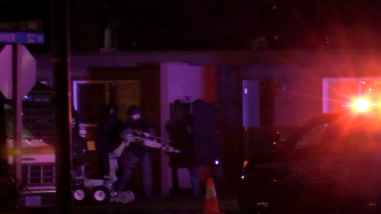 Keizer police were involved in an hours-long standoff early Friday morning.