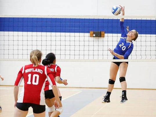 636438735302040691-FON-sms-vs-wayland-volleyball-101717-dcr0017.jpg