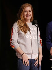 Amy Adams tested her heels at rehearsals for the 89th