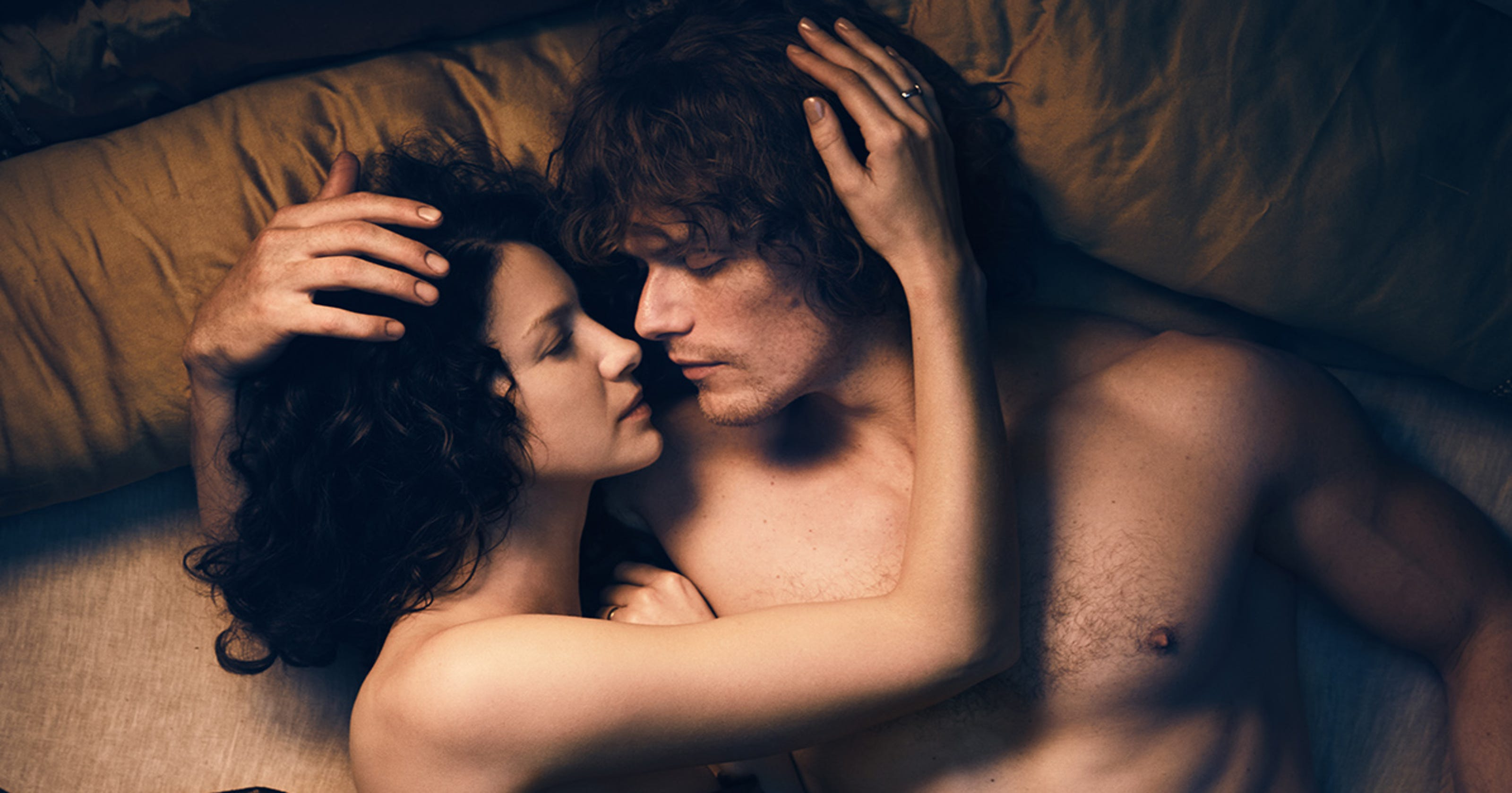 Outlander': Jamie and Claire's perfectly awkward, sexy